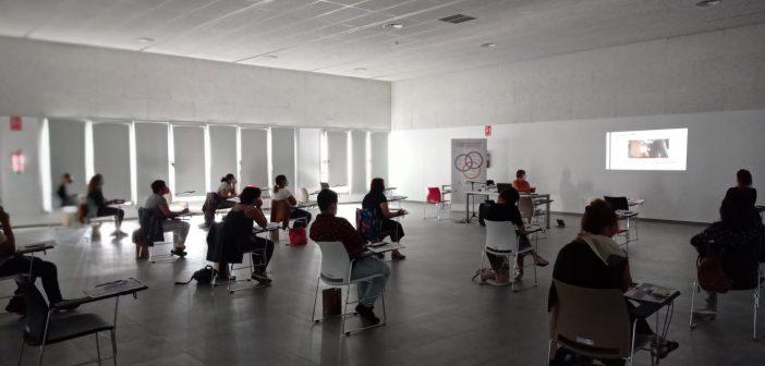 """Sesión presencial  de la I edición del  curso """"Discapacidad y Violencias de Género"""""""