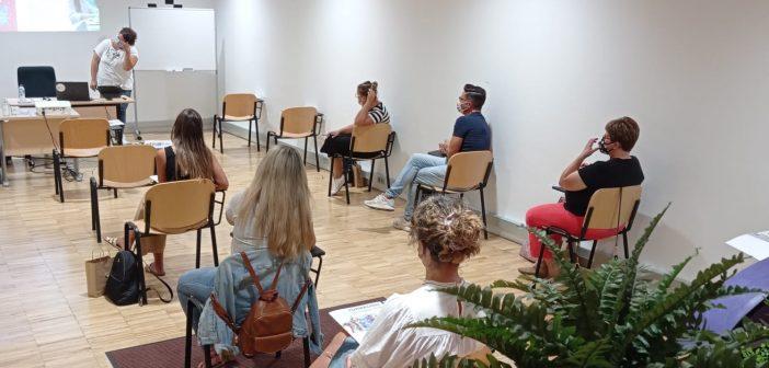 """Sesión presencial  de la II edición del  curso """"Discapacidad y Violencias de Género"""""""